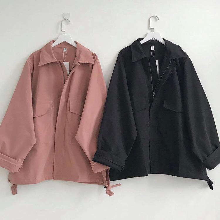 Áo khoác là dòng sản phẩm thời trang rất tiện ích với nhu cầu của bạn